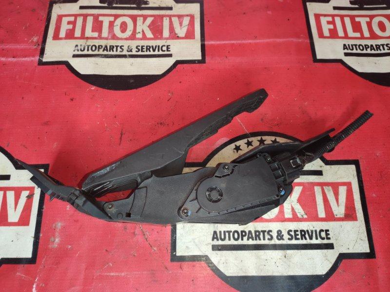 Педаль газа Infiniti G35 V36 VQ35HR