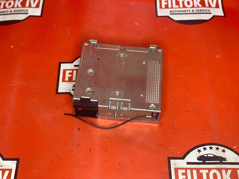 Блок управления радиоприемником Bmw X5 E53