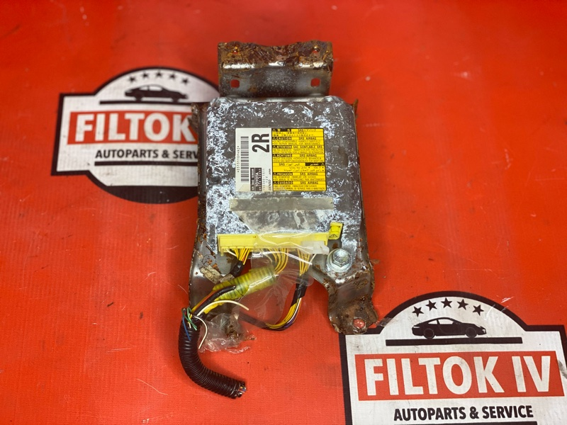 Блок управления airbag Toyota Rav4 GSA33 2GRFE
