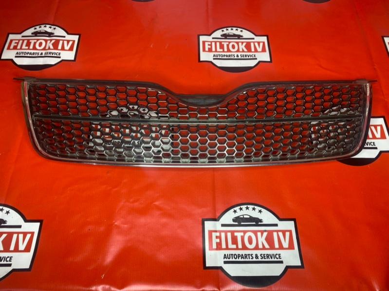 Решетка радиатора Toyota Corolla Fielder NZE121 1NZFE 2004