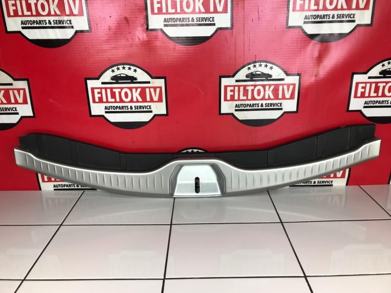 Панель замка багажника Infiniti Fx35 S50 VQ35DE