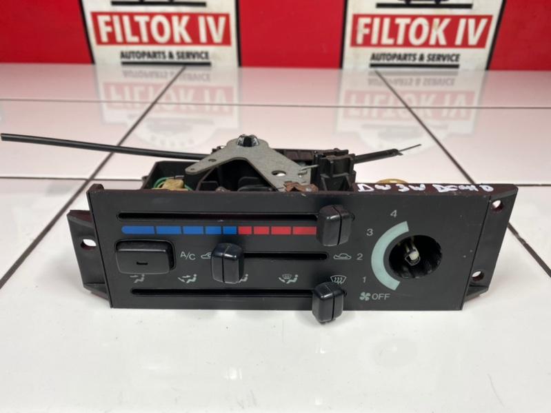 Блок управления климат контролем Mazda Demio DW3W B3 1996