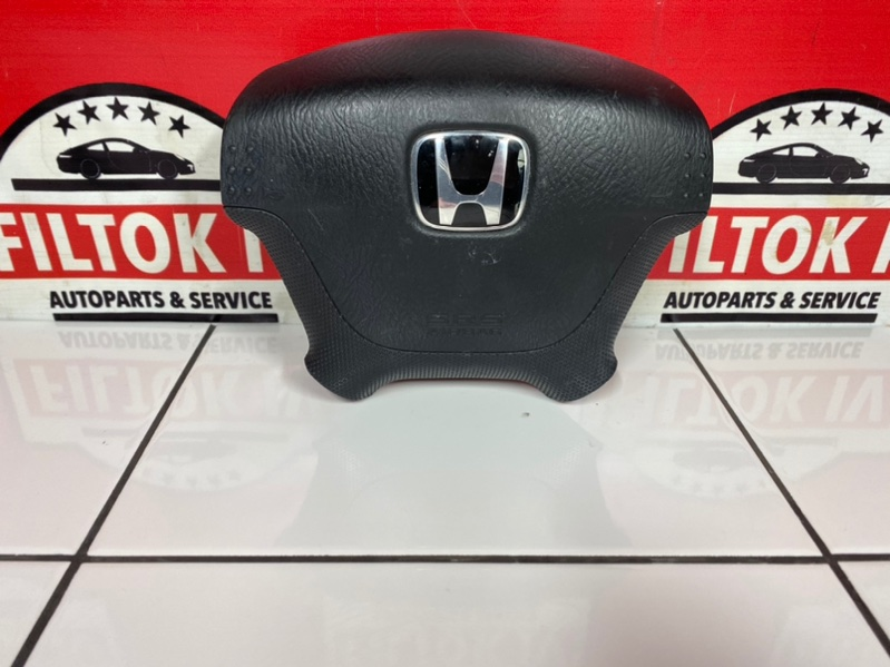 Подушка безопасности водителя Honda Stream RN1 D17A 2001
