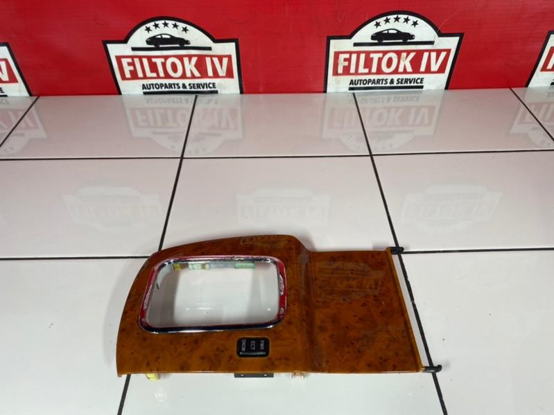 Декоративная накладка центральной консоли Toyota Mark Ii GX110 1GFE BEAMS 2003