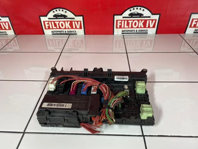 Блок предохранителей Bmw X5 E53 M54B30 2004
