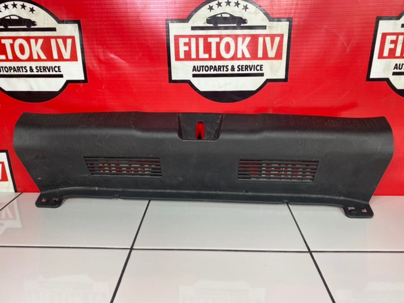Панель замка багажника Honda Fit GD1 L13A 2007