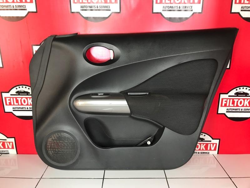 Обшивка двери Nissan Juke YF15 HR16DE передняя правая