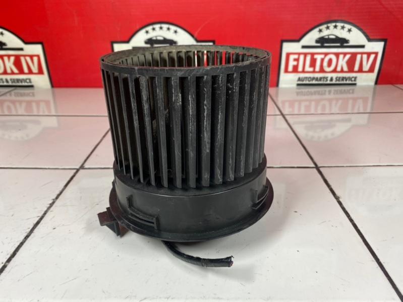 Мотор печки Nissan Juke YF15 HR15DE 2011