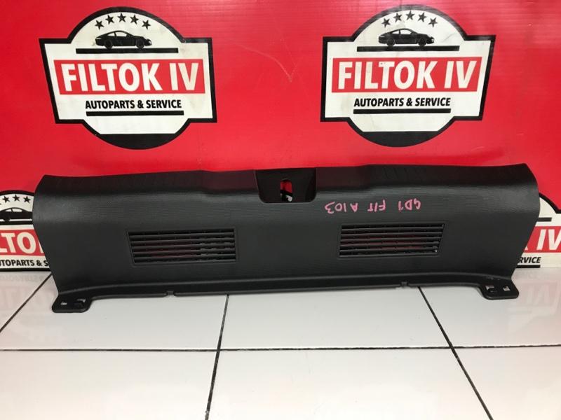 Панель замка багажника Honda Fit GD1 L13A 2003
