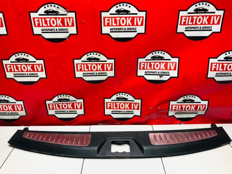 Панель замка багажника Infiniti Qx80 Z62 VK56VD