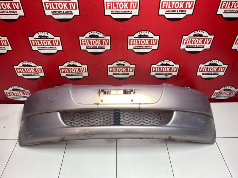Бампер Toyota Vitz SCP10 1SZFE 2001 передний