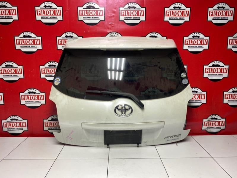 Дверь багажника Toyota Auris NZE151 1NZFE 2007