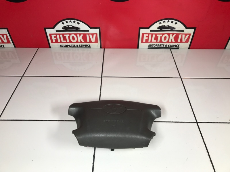 Подушка безопасности водителя Toyota Corolla EE111 4EFE 1997