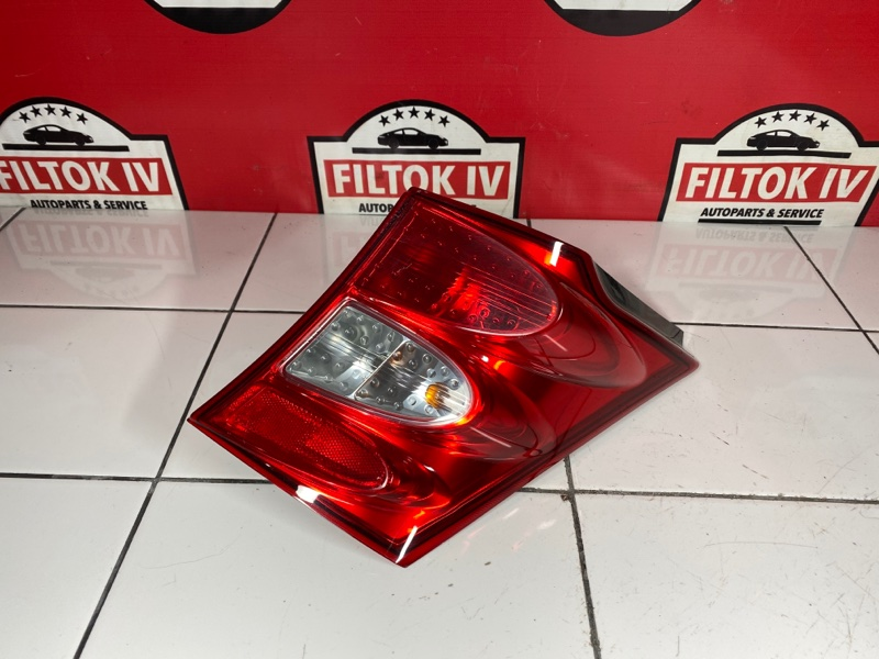 Стоп сигнал Honda Freed GB3 L15A 2009 задний правый