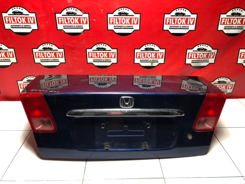 Крышка багажника Honda Civic ES1 D15B 2000