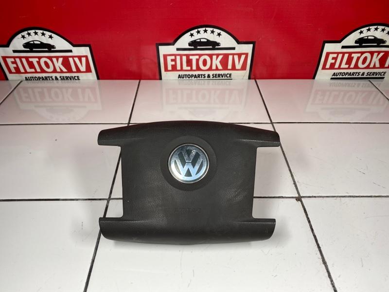 Подушка безопасности водителя Volkswagen Touareg 7LA AXQ