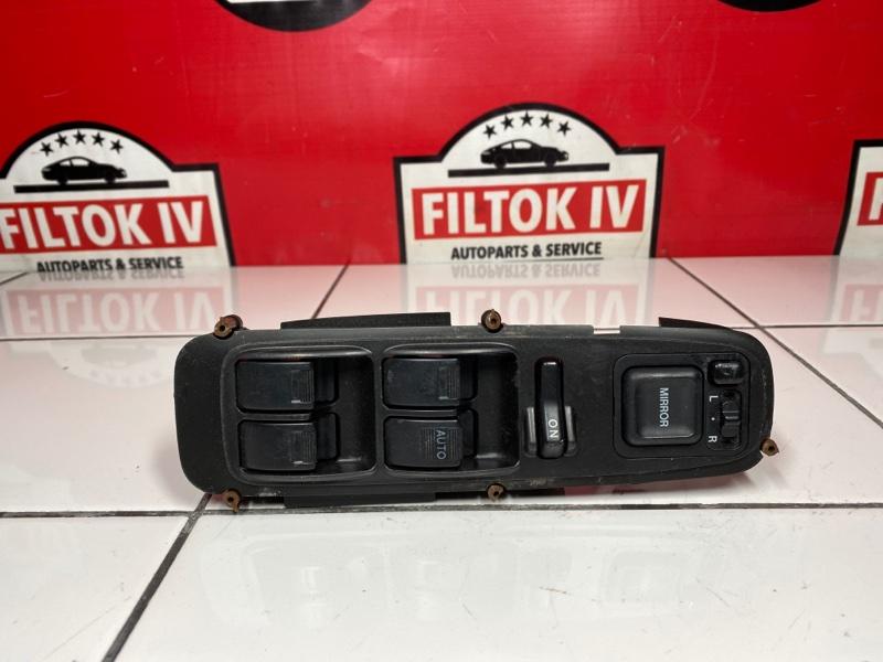 Блок управления стеклоподъемниками Honda Odyssey RA6 F23A 2001 правый
