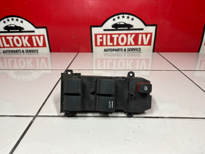 Блок управления стеклоподъемниками Honda Freed GB3 L15A 2009 правый