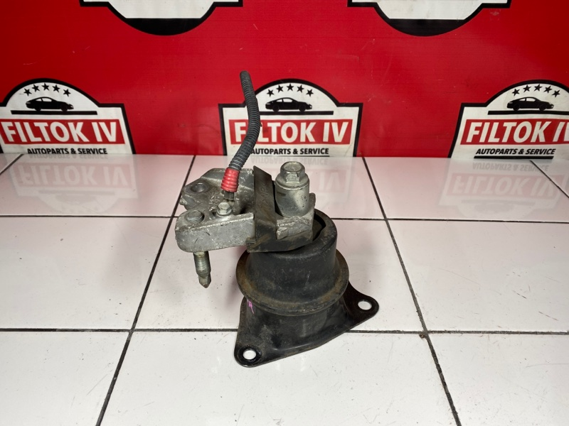 Подушка двс Honda Freed GB3 L15A 2009 правая