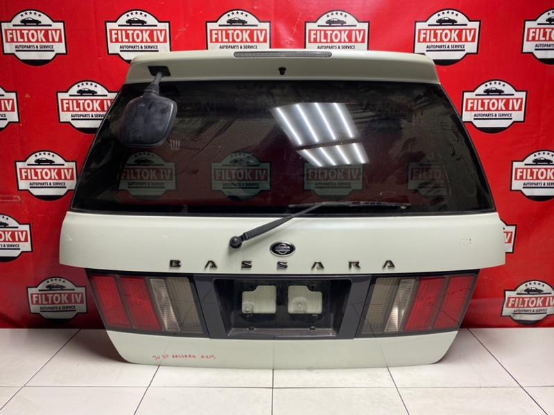 Дверь багажника Nissan Bassara JU30 KA24DE 1999