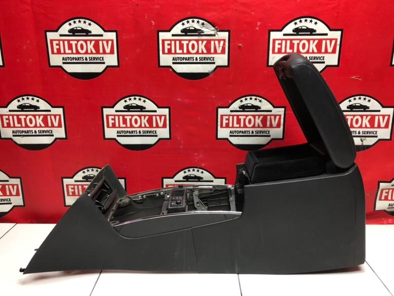 Бардачок между сиденьями Infiniti Fx35 S51 VQ35HR