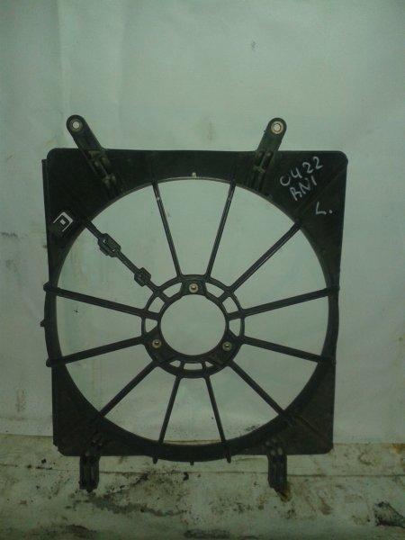 Диффузор радиатора Honda Stream RN1 D17A 2000 левый