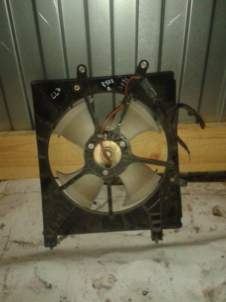 Диффузор радиатора Honda Accord CL7 K20A6 2003 правый
