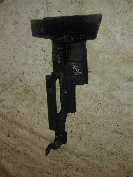 Накладка радиатора Nissan Cube BZ11 правая