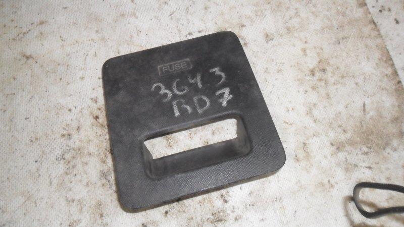 Крышка предохранителей Honda Cr-V RD7 2002