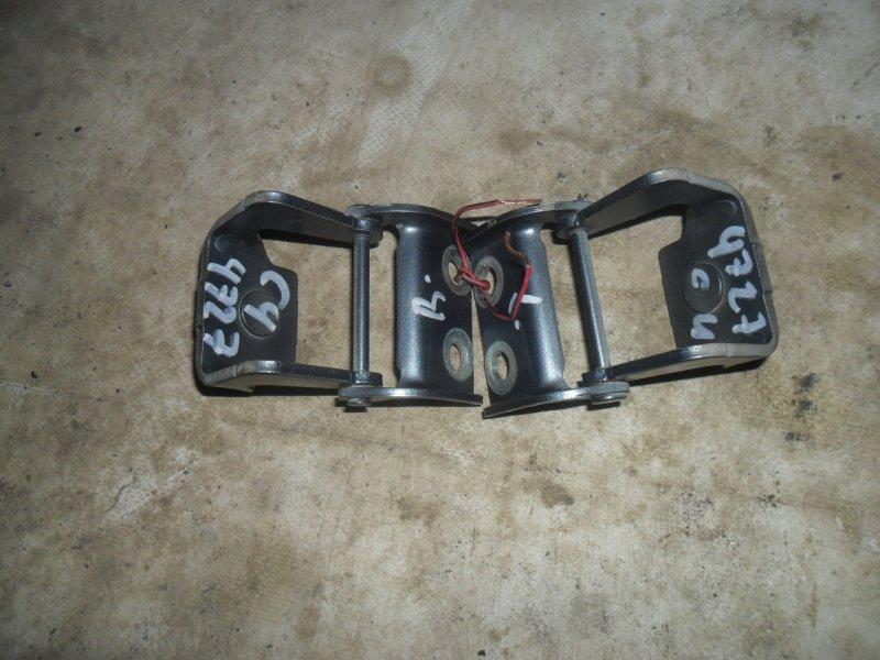 Петля крышки багажника Citroen C4 5 DOOR TU5JP4 2007