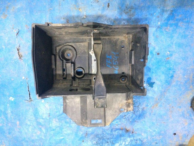 Корпус аккумулятора Ford Focus 2 ASDA 2005