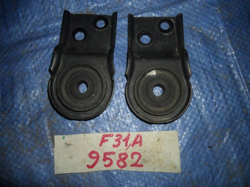 Крепление радиатора Mitsubishi Diamante F31A 1996