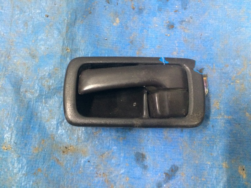 Ручка двери внутренняя Toyota Camry Sv30 SV30 4S-FE 1993 задняя левая