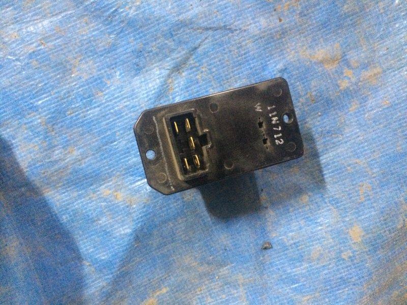 Резистор отопителя Toyota Camry Sv30 SV30 4S-FE 1993