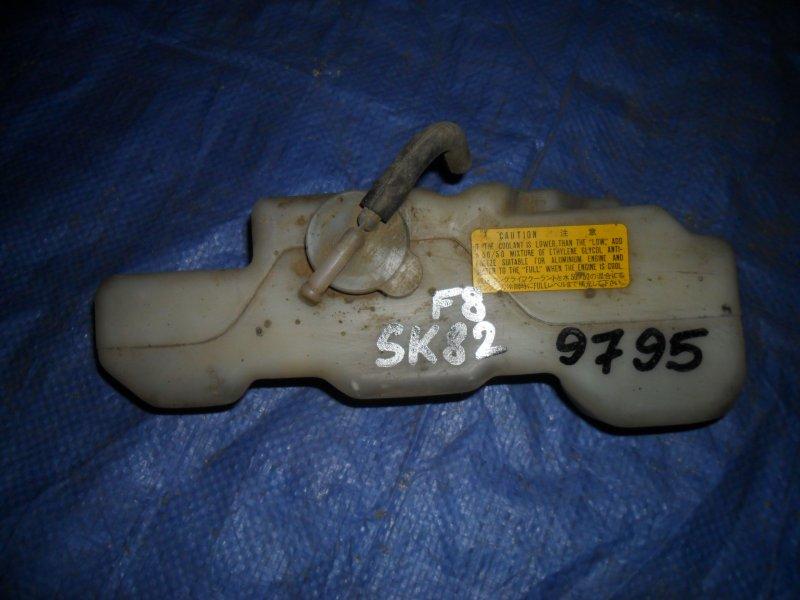 Бачок расширительный Nissan Vanette SK82MN F8