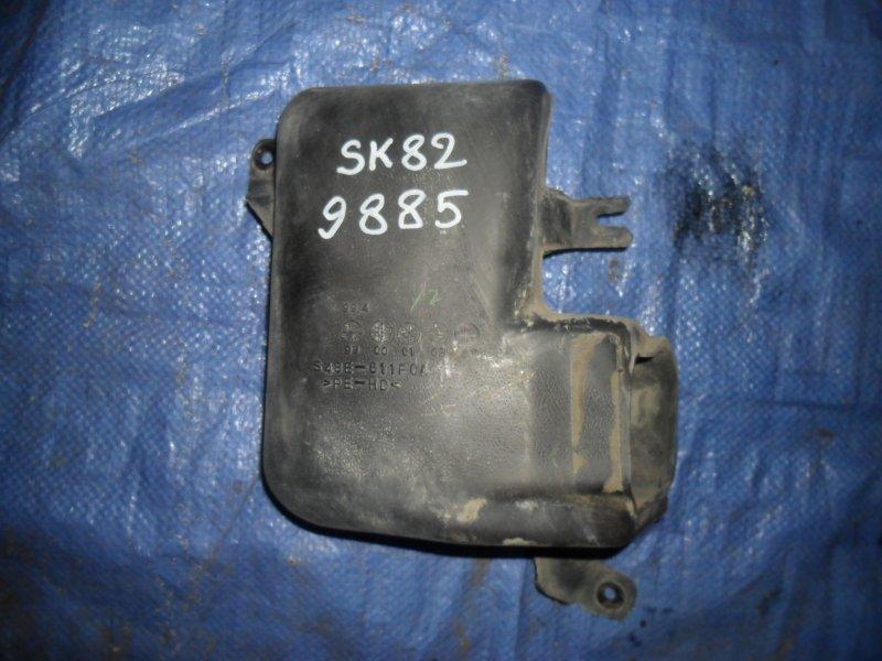 Воздухозаборник Nissan Vanette SK82MN F8