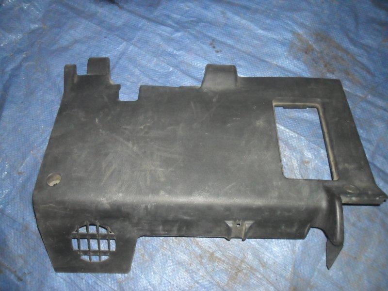 Накладка торпеды Nissan Cube Z10 CG13DE 1998 нижняя