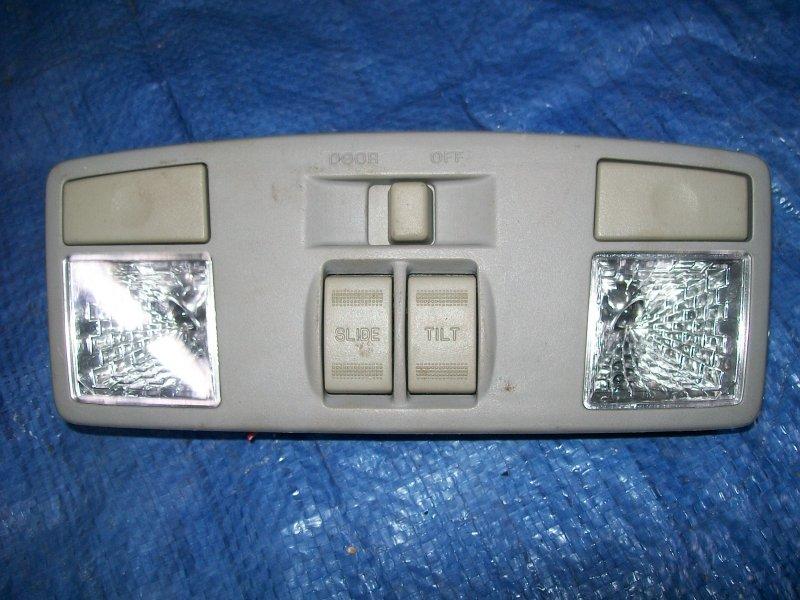 Плафон потолочный Mazda 6 GG LF18 2002 передний