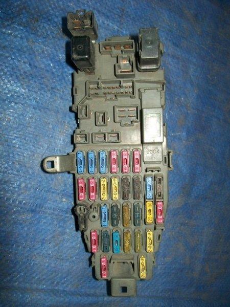 Блок предохранителей Honda Integra DA7 1993