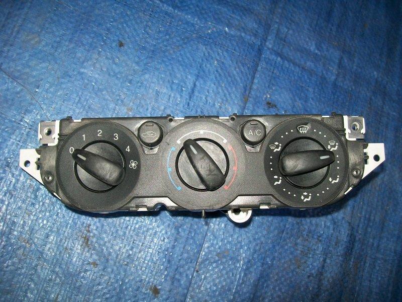 Блок управления печкой Ford Focus 2 ASDA 2005