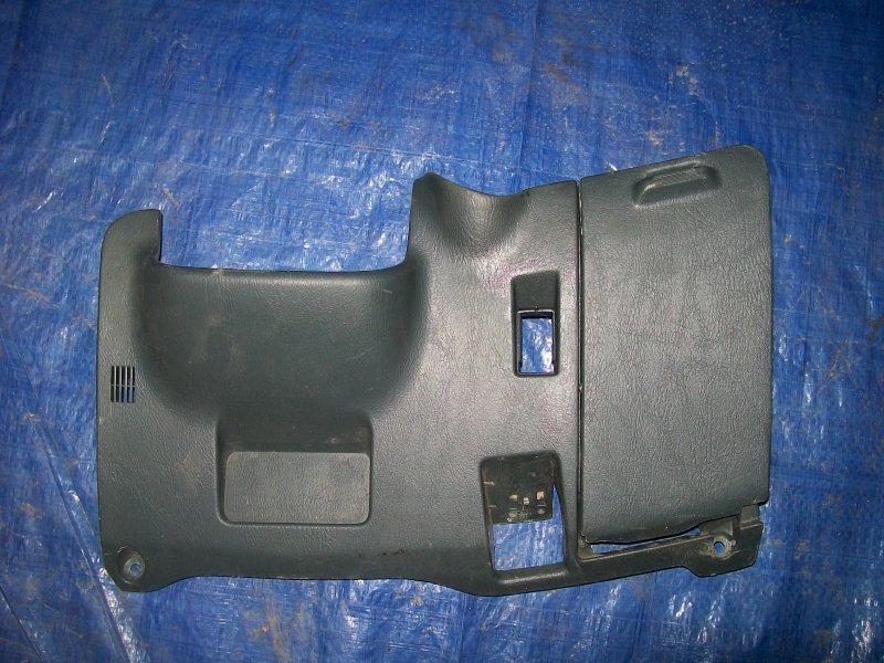 Накладка торпеды Toyota Sprinter Marino AE101 4AFE 1996 нижняя