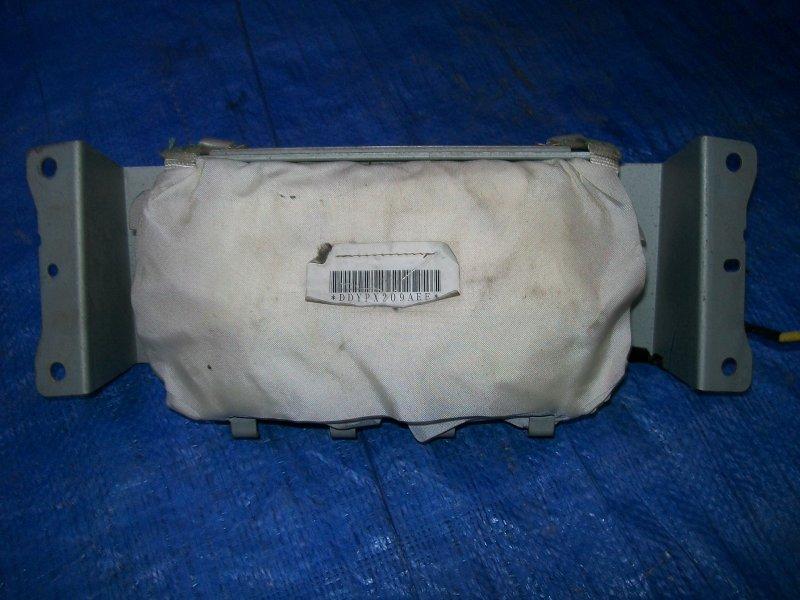 Подушка безопасности в панель Mazda 3 BK Z6 2003