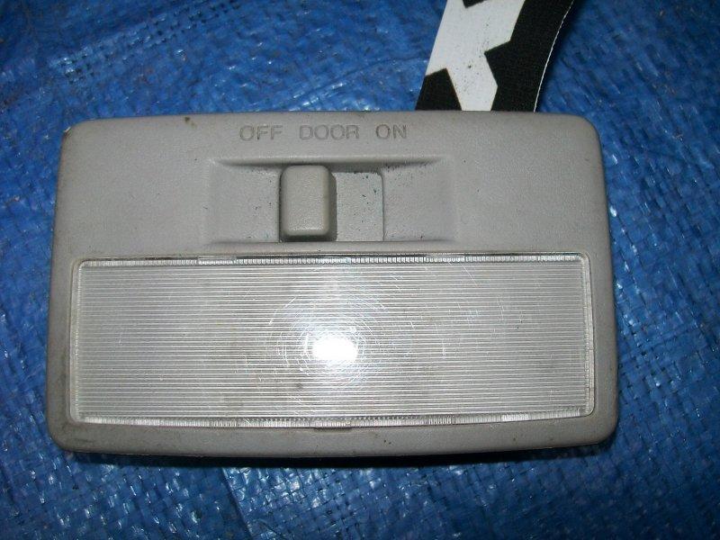 Плафон потолочный Mazda 3 BK Z6 2003 задний