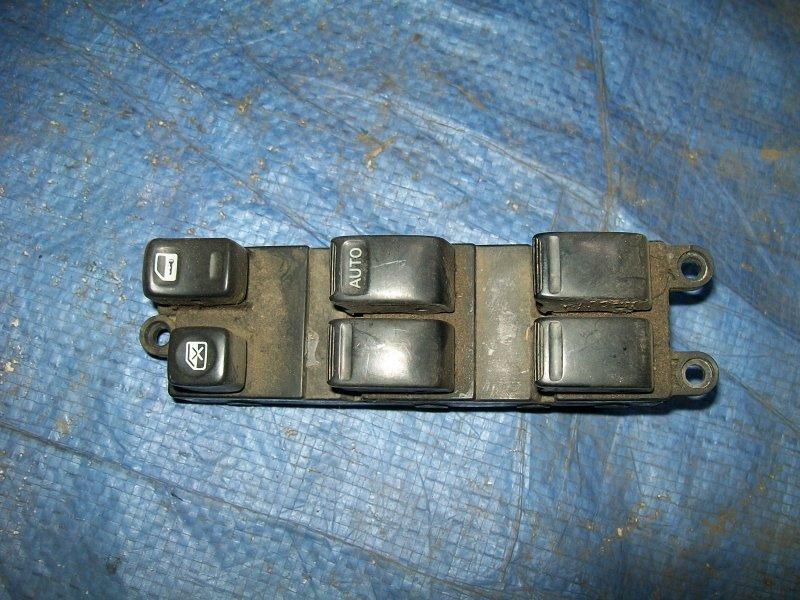 Блок управления стеклоподъемниками Nissan Cube Z10 CG13DE 1998