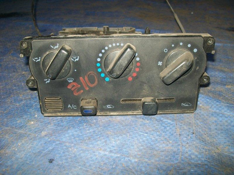 Блок управления печкой Nissan Cube Z10 CG13DE 1998