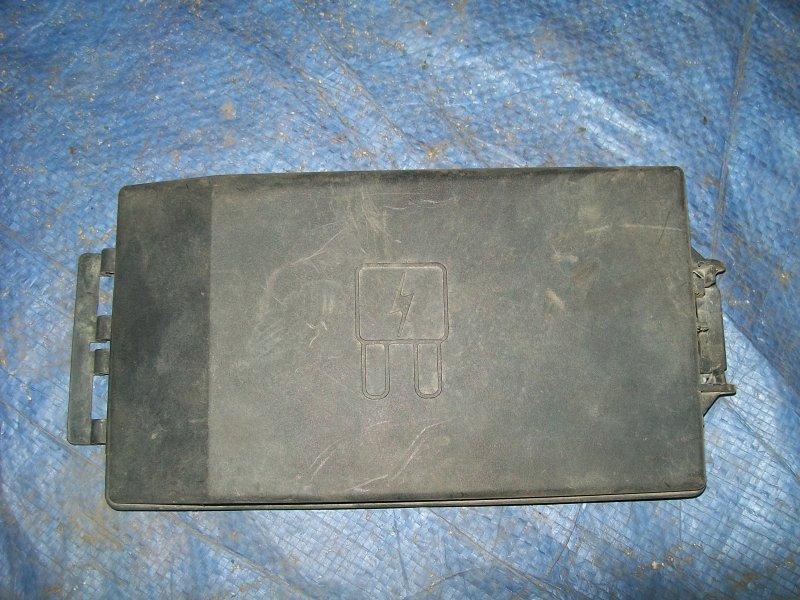 Крышка блока предохранителей Ford Tourneo Connect 1.8 TD 2007