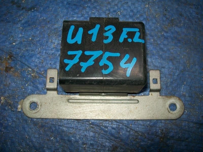 Реле стеклоподъемника Nissan Bluebird U13 SR18DE 1993
