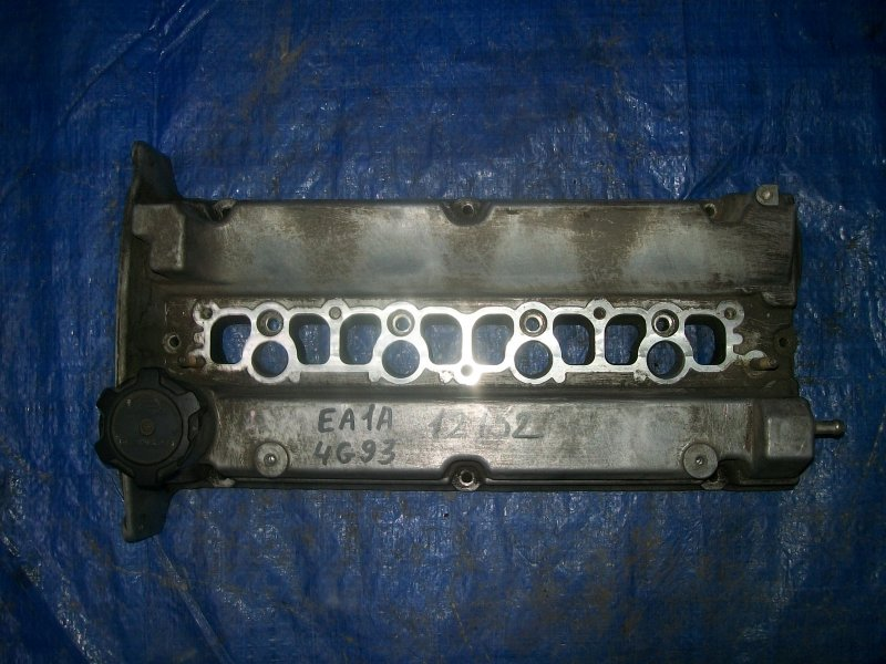 Крышка клапанная Mitsubishi Legnum EA1W 4G93 1997