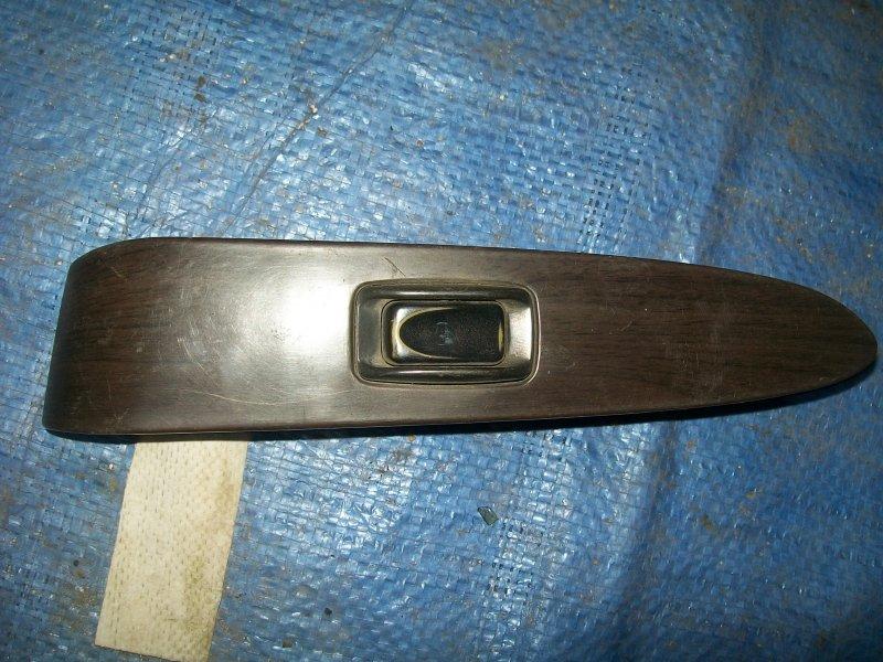 Кнопка стеклоподъемника Mitsubishi Diamante F11A 6G71 задняя правая