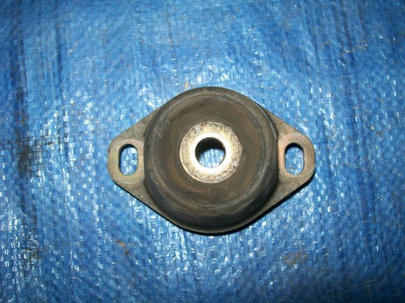 Опора мкпп Citroen C4 LC NPU 2005